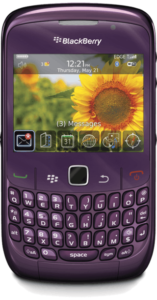 BlackBerry Curve 8520 Purple front