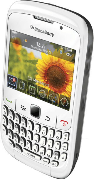 BlackBerry Curve 8520 White side