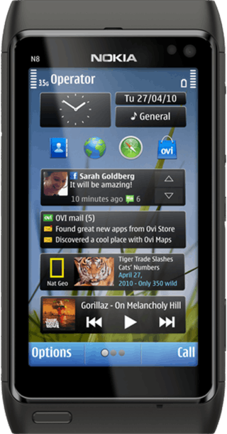 Nokia N8 front