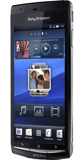 Sony Ericsson Xperia Arc side